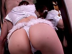 Yui Tatsumi sucks a dick near a mirror and gets a facial