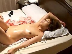 Noriko Kawamura Massaged And Fingered On Secret Footage