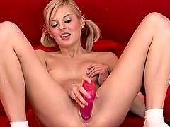 Peris the pretty blonde with pigtails pleasures herself