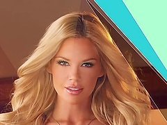 Beautiful Jessa Hinton poses for the camera in short video