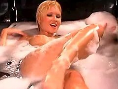 A Warm Bath With The Sexy Blonde Carrie Minter