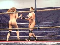 Eliska Cross and Lisa Sparkle fight and lick each other's pussies