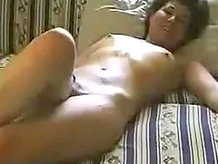 Turkish Babe Fingers & Toys Herself To Warm Up Before Getting Fucked