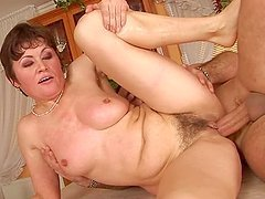 Mature whore Malinda has some naughty banging in the kitchen