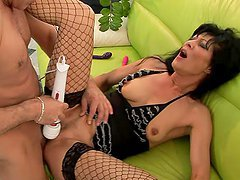 Regina moans loudly while getting her old snatch licked, toyed and fucked