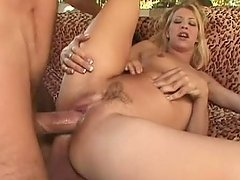 Lewd blonde Leah Luv gets double penetrated outdoors