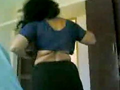 Homemade video with Indian girl changing her clothes