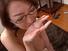 Big Titted Mature Mio Takahashi gives a nice head
