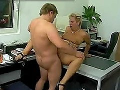 Big fat mature woman gets her pussy licked and fucked