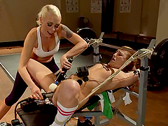 Jessie Cox gets her cunt toyed to orgasm in BDSM clip