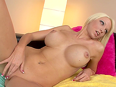Busty blonde milf Rikki Six gives an awesome deepthroat blowjob