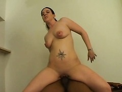Hot Gal Tries A Big Black Cock On Cam