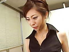 Sexy Japanese MILF Teasing a Guy Until He Cums