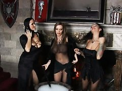 A Royal Facial For Three Hot Babes In Hardcore Orgy