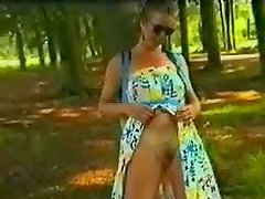Sexy Amateur Flasing Her Pussy in the Woods
