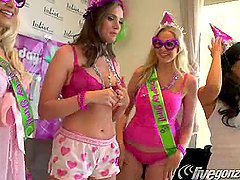 Tori Black, Asa Akira, Julia Ann and Anikka Albrite Sex Party!