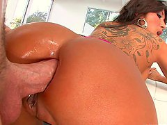 Intense Anal Scene With A Horny Dick Loving Milf