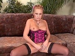 Sabrina White 2 sucks and rides a cock in order to get a facial