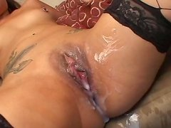 Asian hottie Gianna Lynn gets her pussy smeared with cum
