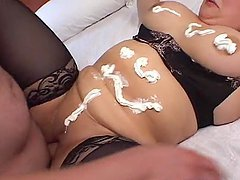 Fat whore gets one of the hottest creampies in history