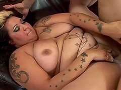 Tattooed fattie Talisa Brown