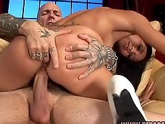 Keeani Gets Dicked Like Crazy By Some Bald Dude