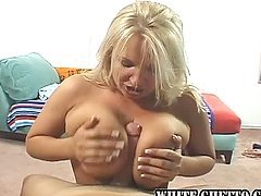 Chunky Broad Oils Up Her Knockers & Gives Titjob!