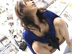 Kinky Asian MILF Hinano Shows Off Her Anal Skills in Public