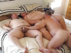 Fat Gays Sucking Cock in a Hot Threesome