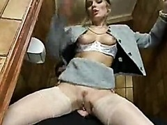 Retro Hardcore Sex In Restroom