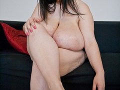 Alice 85JJ - Big Boobs Sexy Feet